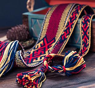 браное ткачество, зорное ткачество, тканые пояса, тканые пояса на дощечках, пояса тканые на берде