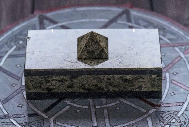 змеевик камень, место силы, сила велеса