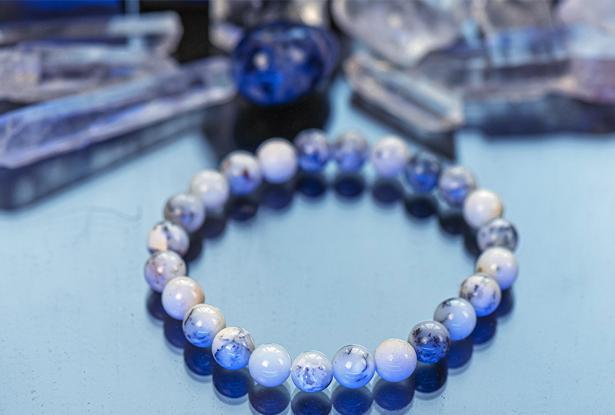 браслет из перламутра купить, перламутр, камень перламутр, амулет купить, браслет для исполнения желания купить, браслет камень, женский браслет, купить браслет, купить браслет из камня, защитный браслет, магический браслет
