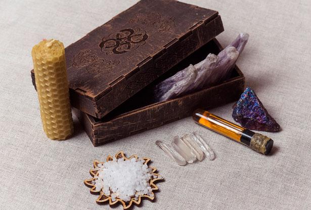 Обрядовые предметы, наборы камней для обрядов