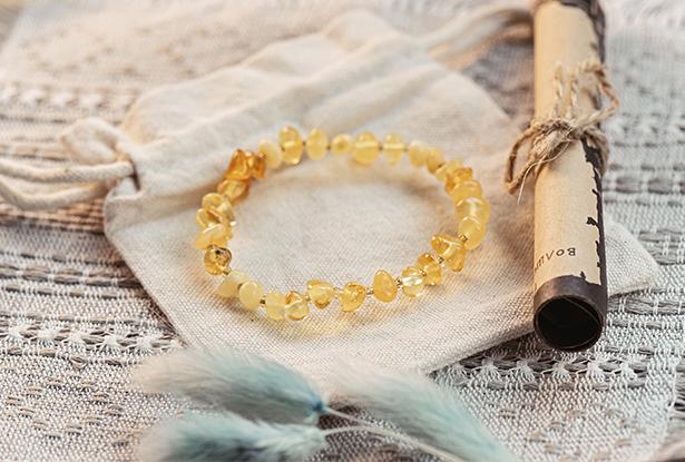 браслет лимонный янтарь, оберег янтарь лимонный, светлый янтарь купить, оберег янтарный купить, славянский янтарь купить
