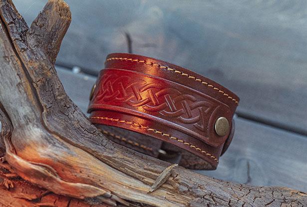 браслеты из кожи купить, кожаный браслет ручной работы купить