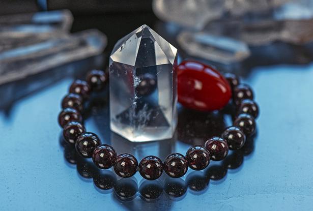 браслет из граната купить, гранат, камень гранат, гранатовый браслет, амулет купить, браслет для исполнения желания купить, браслет камень, женский браслет, купить браслет, купить браслет из камня, защитный браслет, магический браслет