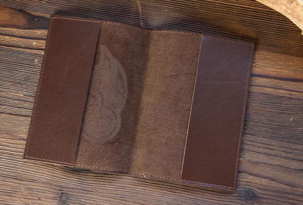 кожаная обложка на паспорт, славянский знак велеса