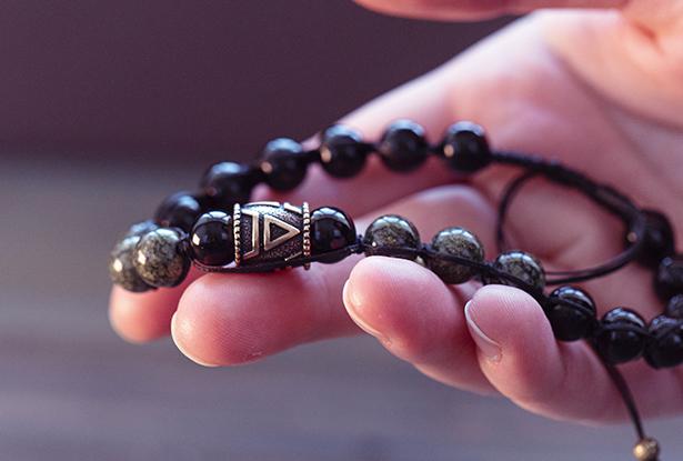 славянский браслет, браслет из камня, купить защитный браслет, славянский браслет оберег
