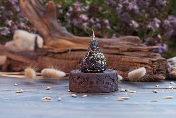 воск свеча, свеча пирамидка, воск с травами купить, свеча Чабрец