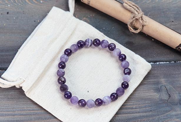 браслет из аметиста купить, аметист, камень аметист, амулет купить, браслет для исполнения желания купить, браслет камень, женский браслет, купить браслет, купить браслет из камня, защитный браслет, магический браслет