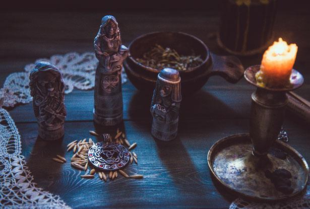 свеча магическая восковая, магическая свеча купить
