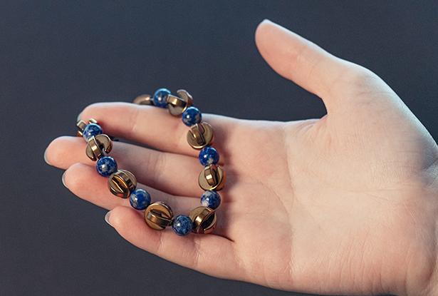 браслет Гематит Лазурит купить, Гематит, Лазурит, амулет купить, браслет для исполнения желания купить, браслет камень, женский браслет, купить браслет, купить браслет из камня, защитный браслет, магический браслет