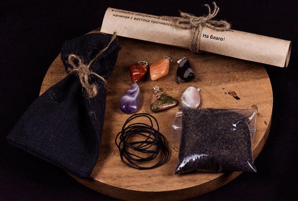 камни амулеты, шесть магических подвесок