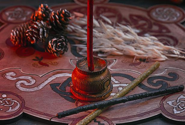 маканые восковые свечи, купить маканые свечи, свечи из вощины, магическая свеча из вощины, свеча ручной работы, воск для обрядов, купить свечу, магическая свеча, обряд свеча, купить свечу магия, магическая свеча