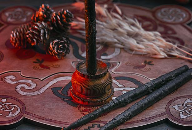 черные восковые свечи, купить магические черные свечи, черные свечи купить, маканые конусные свечи, магическая свеча маканая, свеча маканая, свеча ручной работы, свеча красная купить, воск для обрядов, купить свечу, магическая свеча, обряд свеча, купить свечу магия, магическая свеча