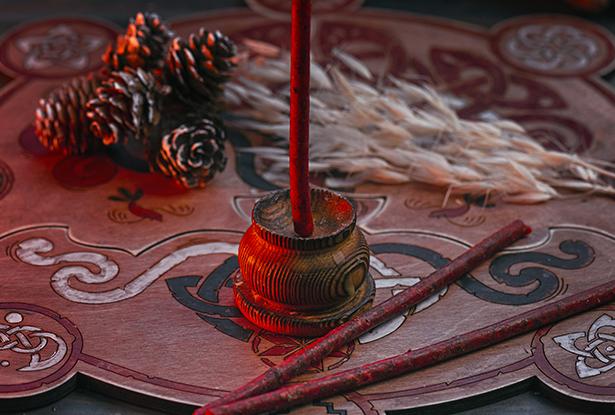 красные свечи купить, маканые свечи, свечи цветные восковые купить, травяные магические свечи, маканые восковые свечи, купить маканые свечи, свеча ручной работы, воск для обрядов, купить свечу, магическая свеча, обряд свеча, купить свечу магия, магическая свеча