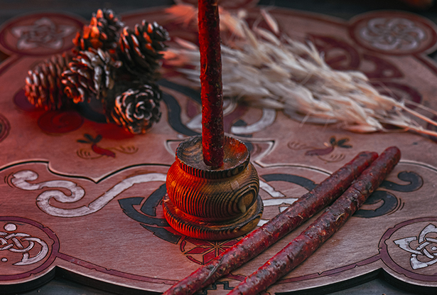 магическая свеча маканая, свеча маканая, свеча ручной работы, свеча красная купить, воск для обрядов, купить свечу, магическая свеча, обряд свеча, купить свечу магия, магическая свеча