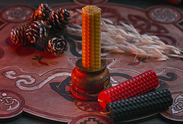 цветные свечи, черная свеча, красная свеча, белая свеча, свеча воск, свечи из вощины, магическая свеча из вощины, свеча катаная, свеча ручной работы, свеча очищение, воск для обрядов, купить свечу, магическая свеча, обряд свеча, купить свечу магия, магическая свеча