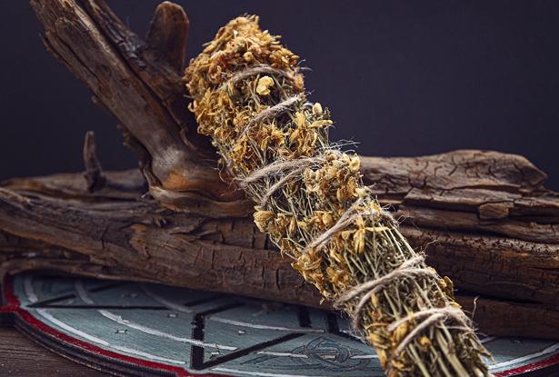 зверобой купить, магические травы, травы для окуривания