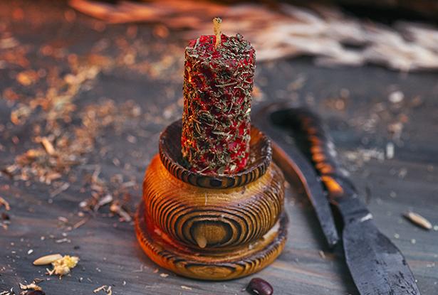 свечи из вощины, магическая свеча из вощины, свеча катаная, свеча ручной работы, свеча с травами, свеча мята, свеча обретение, воск для обрядов, купить свечу, магическая свеча, обряд свеча, купить свечу магия, магическая свеча