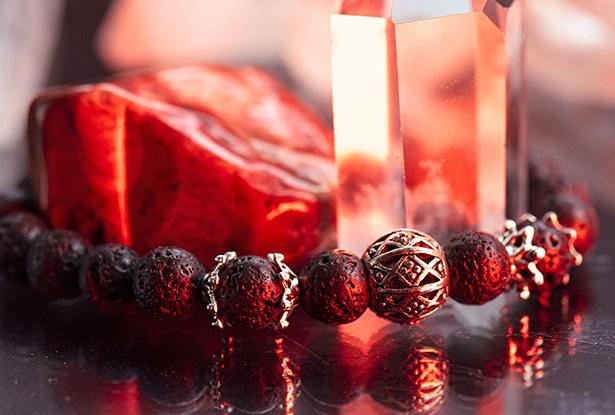 амулет купить, браслет для исполнения желания купить, лава, браслет камень, женский браслет, купить браслет, купить браслет из камня, защитный браслет, магический браслет