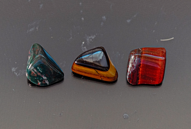 камни стихии земли