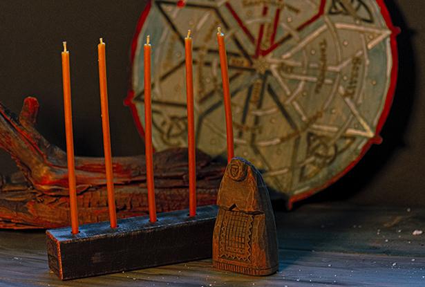 набор свечей, подсвечники и свечи, свечи для обрядов, славянские огненные обряды
