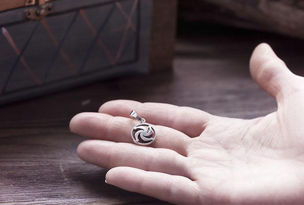 сваор купить, кулон из серебра купить, знак рода, знак род значение, купить амулеты обереги, оберег род, купить серебряный оберег, значение оберега знак род, подвеска из серебра, знак род из серебра купить, знак род славянский оберег, серебряный кулон, славянский серебряный оберег, знак род купить, кулон серебро, обереги из серебра купить, амулет род серебро купить, купить серебряный кулон, купить оберег род, амулет род, род серебро, купить знак род серебро, славянский оберег