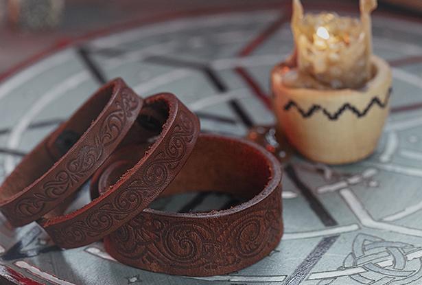 браслет кожаный, кожаный браслет ручной работы, браслет кожа, браслет кожа купить, купить славянский оберег, славянский браслет, купить узкий браслет, купить мужской оберег
