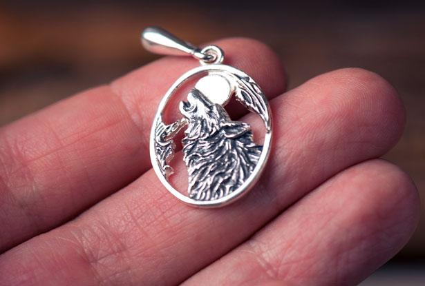 подвеска волк, подвеска волк серебро, купить подвеску с волком