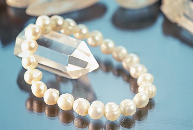 браслет жемчуг купить, жемчуг, амулет купить, браслет для исполнения желания купить, браслет камень, женский браслет, купить браслет, купить браслет из камня, защитный браслет, магический браслет