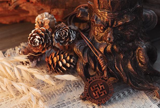 знак цвет папоротника, цветок папоротника, купить оберег дерево, Цвет папоротника амулет, оберег славянский купить, оберег дерево, знак цвет папоротника купить, подвеска купало