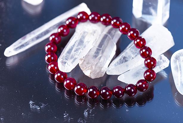 браслет из халцедона купить, халцедон, камень халцедон, амулет купить, браслет для исполнения желания купить, браслет камень, женский браслет, купить браслет, купить браслет из камня, защитный браслет, магический браслет
