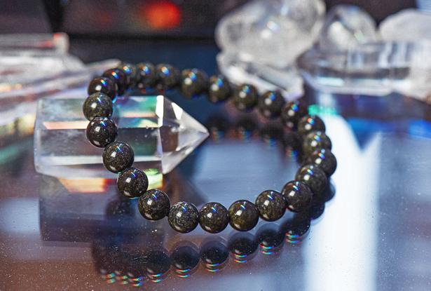браслет из змеевика купить, змеевик, камень змеевик, амулет купить, браслет для исполнения желания купить, браслет камень, женский браслет, купить браслет, купить браслет из камня, защитный браслет, магический браслет