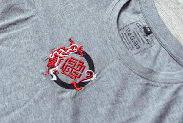 футболка Сварожич, футболка славянская, футболка хлопок, купить футболку, купить славянскую футболку, футболка со славянским знаком, серая футболка, футболка с вышивкой, купить футболку с вышивкой, серая футболка купить