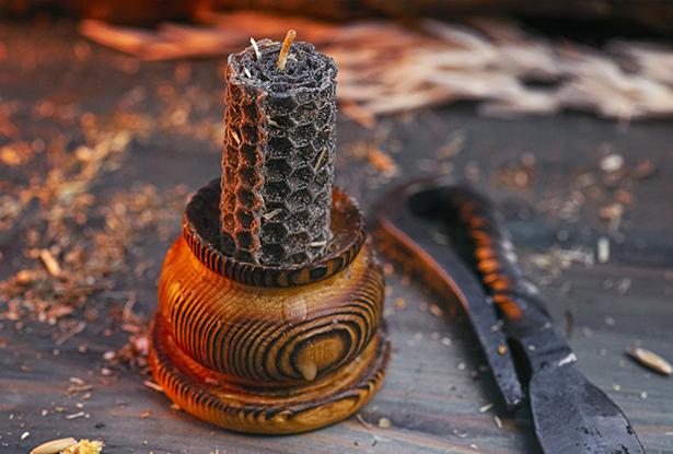 черная свеча, свеча черный воск, свечи из вощины, магическая свеча из вощины, свеча катаная, свеча ручной работы, свеча с травами, свеча чертополох, свеча очищение, воск для обрядов, купить свечу, магическая свеча, обряд свеча, купить свечу магия, магическая свеча