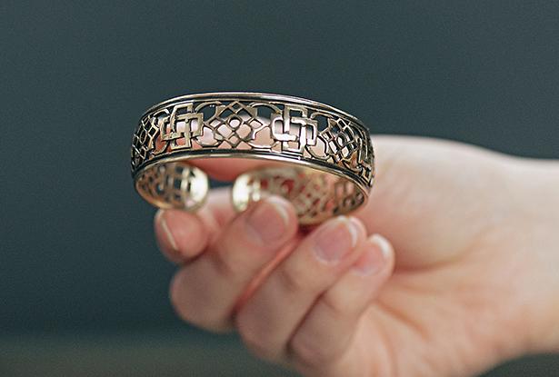 браслет ладинец, браслет резной, браслет латунь, браслет ручной работы, браслет металл купить, купить славянский оберег, славянский браслет, браслет магический