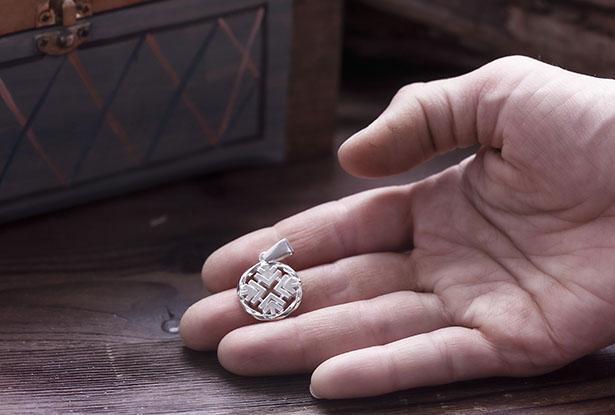 купить оберег авсеня, славянский оберег авсеня, авсень серебро, амулет авсень