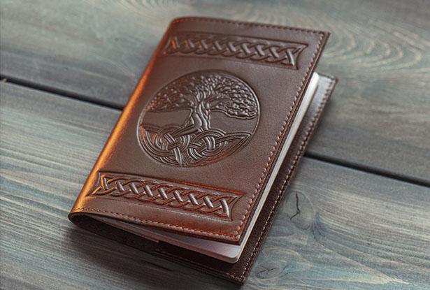 купить кожаную обложку на паспорт, обложка на паспорт славянская